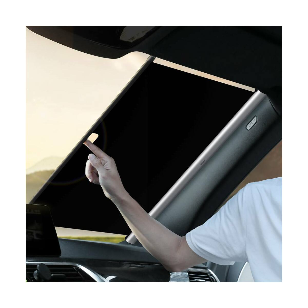 Baseus autós kiegészítő, Első szélvédőre tapadókorongos rögzítéssel szerelhető napellenző, összehúzható, max 1,4m, ezüst (CRZYD-B0S)