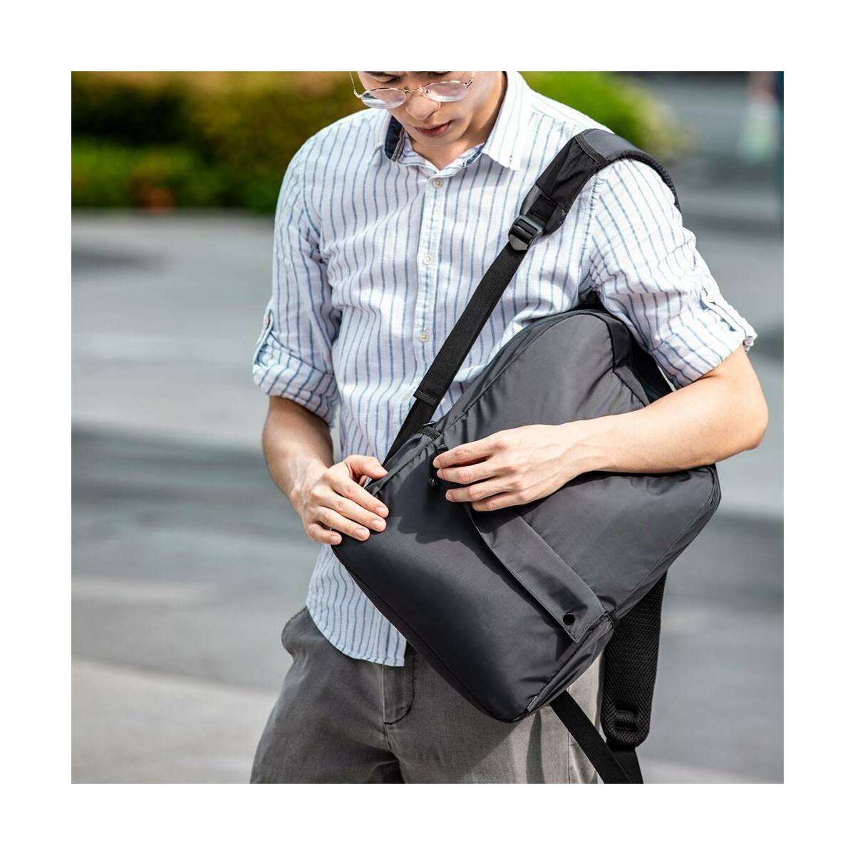 Baseus kézi táska, Basic Series, Laptop tartó hátizsák, (13 inch, 240 x 340 x 110 mm) szürke (LBJN-E0G)